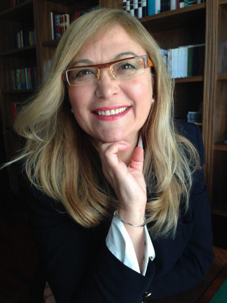 Lipoescultura en Granada | Cirujano plástico Dra Carmen Huertas